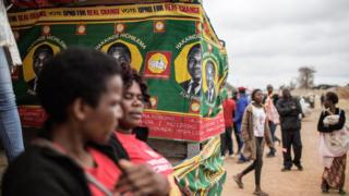 Supporters of the main Zambian opposition party United Party for National Development presidential candidate Hakainde Hichilema gather for his last presidential campaign rally on August 10, 2016 in Lusaka.