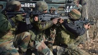 भारतीय सेना का एक जवान (फ़ाइल फ़ोटो)