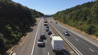 Queuing vehicles on the M4 near Penllergaer