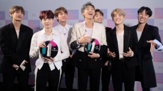 BTS接受BBC廣播電台第一台頒獎(10/2018)