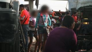 Adolescentes no Mercado de Maracaibo