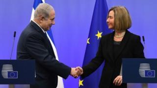 Mr Netanyahu ayaa la kulmay madaxa siyaasadda arrimaha dibadda ee EU Federica Mogherini