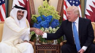 الرئيس الأمريكي التقى بالأمير تميم في الرياض