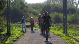Strawberry Line cycle path