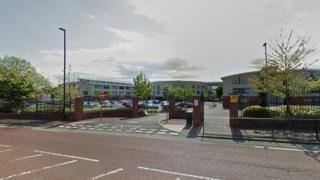 Heaton Manor School, Heaton