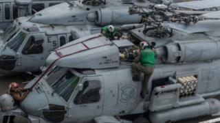 """洛克希德·马丁公司制造的 MH-60R 型海鹰直升机外号被称为 """"罗密欧"""",被称为当前世界上最先进的海军舰载直升机"""