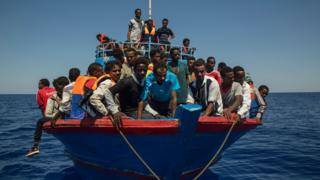 Migrant boat off Libya, 2 Aug 2017
