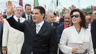 Bin Ali eşi Leyla ile birlikte cumhurbaşkanlığı seçimleri için kampanyasını başlatıyor (11 Ekim 2019)