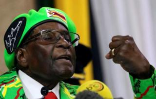 Robert Mugabe yiyemeje guhiga abamugwanya mu mugambwe