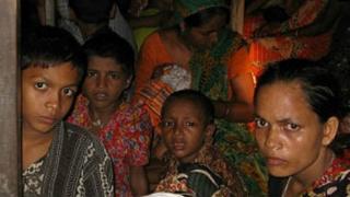 ভারতে পাচার হওয়া বাংলাদেশী নারী-শিশু। ফাইল ছবি