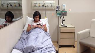 Atriz aguarda profissionais que passarão por curso de más-notícias do Hospital Albert Einstein
