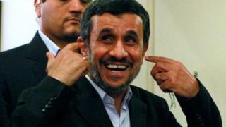 Ирандын мурунку лидери Махмуд Ахмадинежад