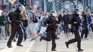 Police through Chemnitz, August 26