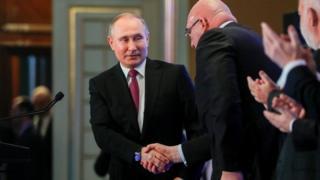 Путин на встрече с бизнесменами на съезде РСПП