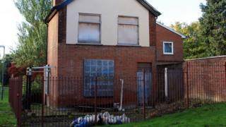 Derelict house, generic
