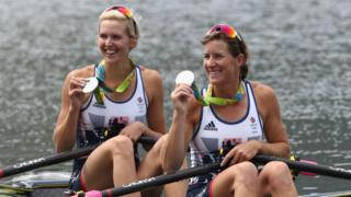 Katherine Grainger and Vicky Thornley with medals