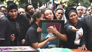 Ethiopian Airlines crash: Relatives mourn dia loved ones wey die