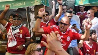 Un millier de supporters des Reds risque de manquer la finale à Kiev.