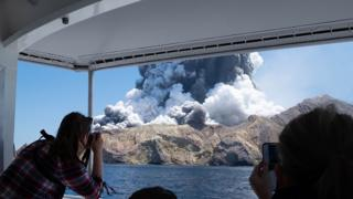 science New Zealand's White Island volcano spews steam and ash moments after erupting on 9 December, 2019.