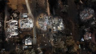 An aerial perspective of a quarrel of houses in Kinglake shows houses destroyed