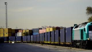 Китайский грузовой поезд
