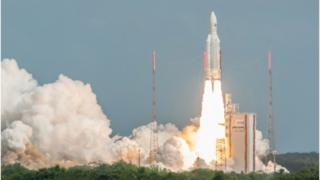 Ariane leaves the ground on a mission that lasted about four hours