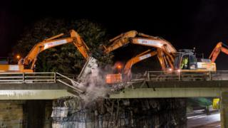 Demolition of Fort Bridge
