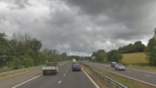 M4 cyffordd Hendy