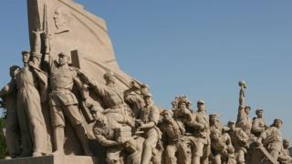 Памятник героям революции Пекин