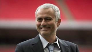 """Selon l'entraineur portugais surnommé """"The Spécial one"""", le mercato sera """"doux"""" pour les """"Red Devils""""."""
