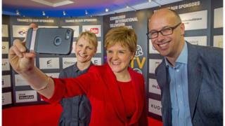 Donalda MacKinnon, Nicola Sturgeon, Jon Wardle