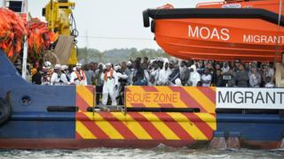 Plenti migrant di use ship to travel from dia kontri go anoda one but most time na illegal