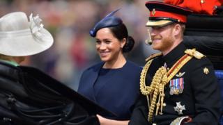 Меган і Принц Гаррі на параді на честь дня народження королеви