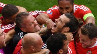 Bale marca el primer gol