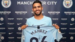 Mahrez ameelezea kiwango cha Manchester City msimu uliopita kuwa cha maajabu
