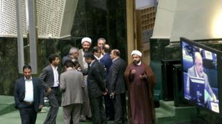 جلسه امروز مجلس ایران با تنش و جنجال و برگزار شد