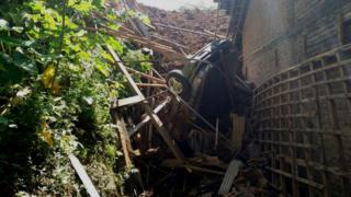 Java mudslide, 1 April