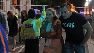 Эавкуация горожан во время нападений на Лондон