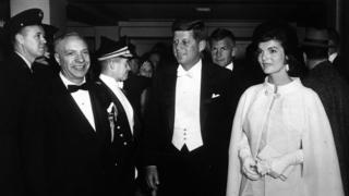 Джеки и Джон Кеннеди на инаугурационном балу
