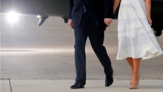 Трамп с супругой