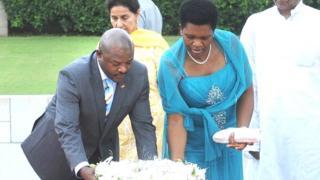 Depuis le discours de M. Nkurunziza, l'administration exerce une forte pression sur ces couples à travers tout le pays.