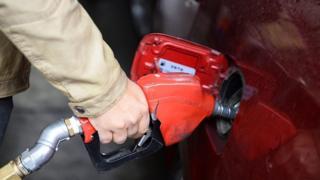 چرا بحث سهمیهبندی و افزایش قیمت بنزین مطرح شد؟