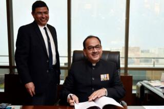 Alok Verma taking charge as CBI chief on 1 February 2017 in Delhi.