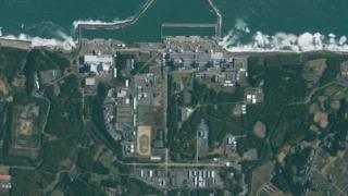 High resolution (file size 103M) satellite image of Fukushima Daiichi Nuclear Power Plant (aka Fukushima I)in Japan taken by the GeoEye-1 satellite on November 15, 2009,