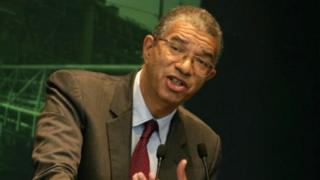 """Selon le président de la Fondation AfricaFrance, toutes les agitations contre le franc """"CFA"""" sont animées par des activistes qui ne s'intéressent pas à la stabilité monétaire des Etats."""