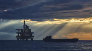 Oil platform and tanker