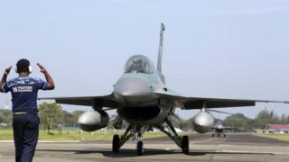 एफ़-16 लड़ाकू विमान