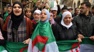 Algerian protesters chanting