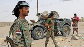 مقاتلين مع قوات الحزام الأمني المدعوم من الإمارات والموالية للمجلس الانتقالي الجنوبي