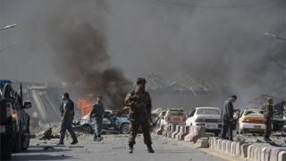 ২০১৭ সালের ৩১শে মে কাবুলে বোমা হামলার পর সেখানে মোতায়েন আফগান সেনা